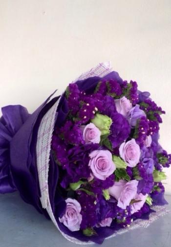 hoa ngay le hnl104